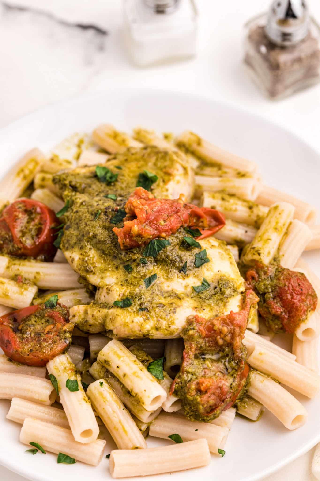 pesto chicken with pasta