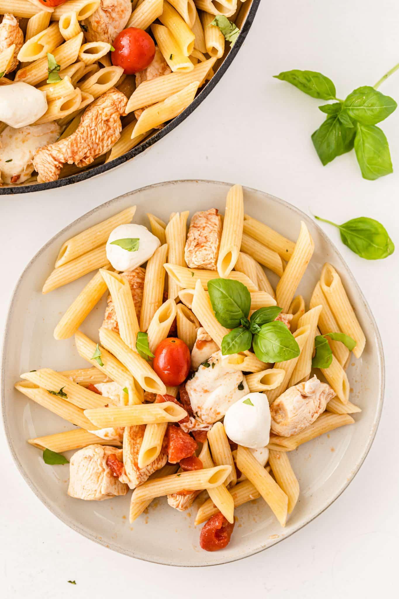 tomato basil pasta with mozzarella