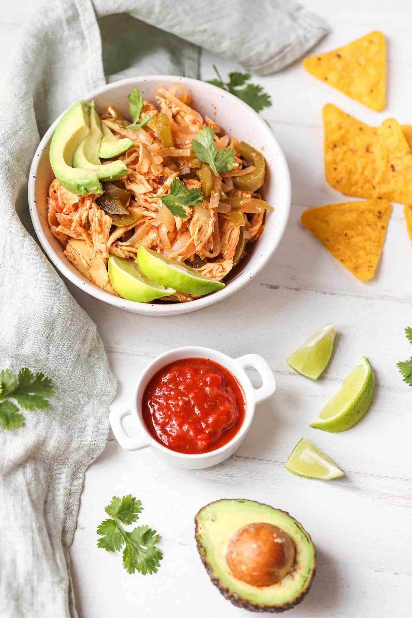 slow cooker chicken fajitas with chips and avocado