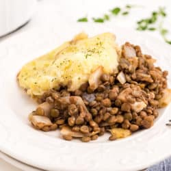 vegan shepherd's pie on a plate